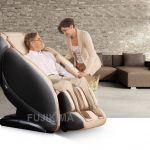 Có nên mua ghế massage cho người già, người lớn tuổi?